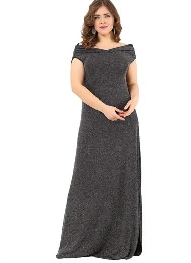Angelino Butik Öpücük Yaka Parıltılı Likralı Büyük Beden Uzun Abiye Elbise DD127 Siyah
